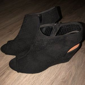 Size 11 Black Suede Type Wedges